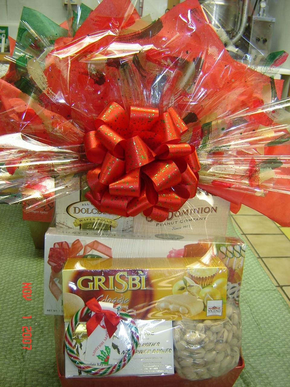 Valentine S Day Gift Baskets Bob Roth S New River Groves